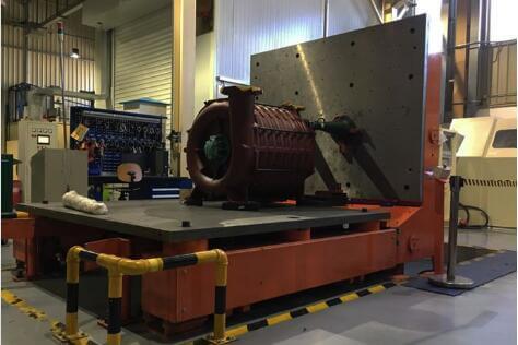 large hydraulic upender machine